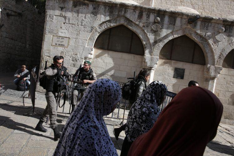 רחוב הגיא, העיר העתיקה בירושלים (צילום: אוליבייה פיטוסי)