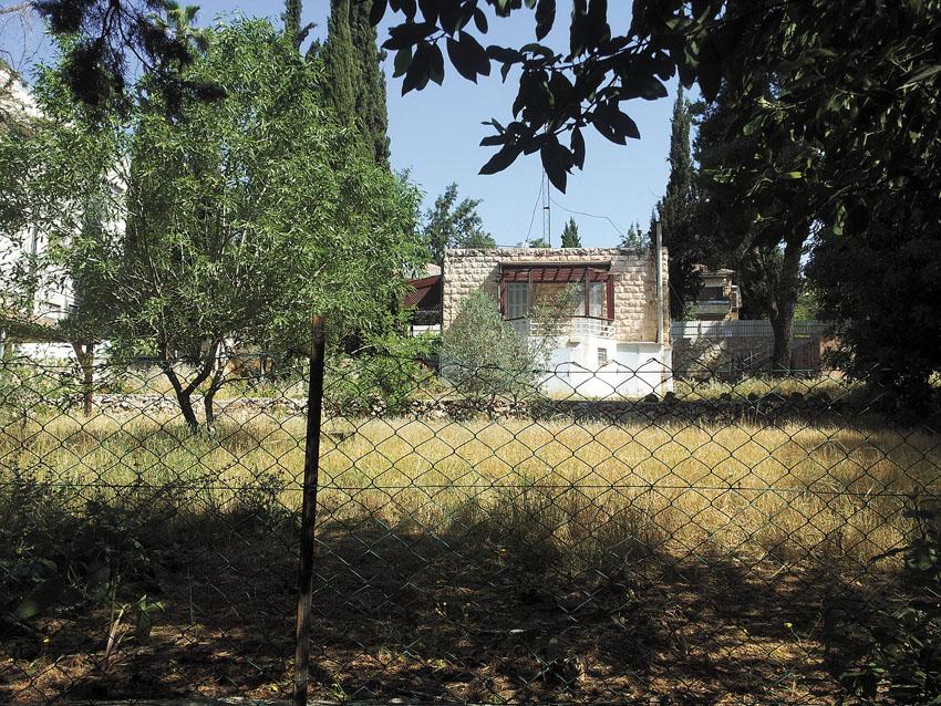 הנכס ברחוב בית הכרם 21 (צילומים: אבישג עמיר)