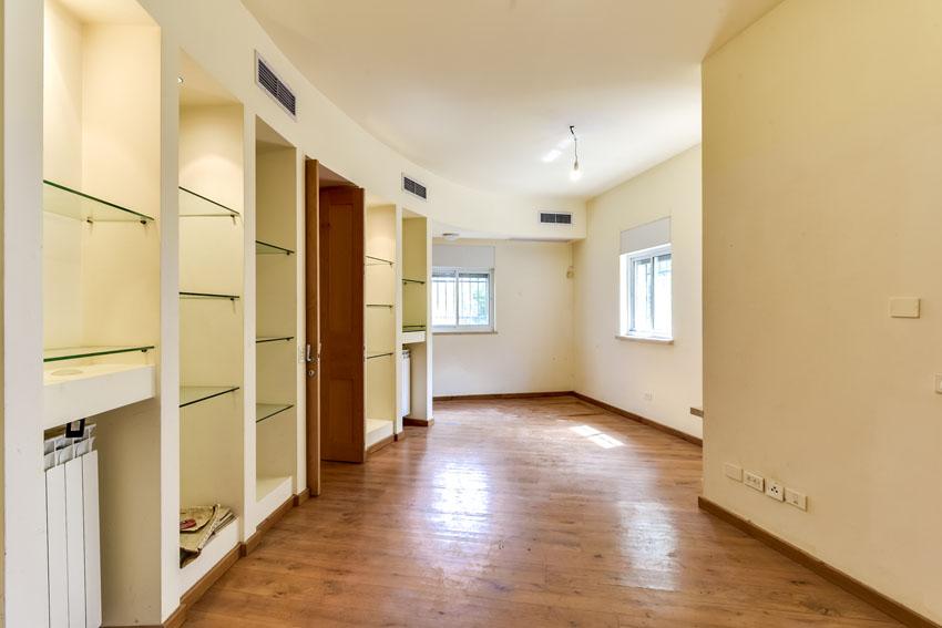 הדירה ברחוב כובשי קטמון (צילום: בתיה כנעני ברם)