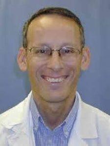 פרופ' גבריאל איזביצקי, מנהל מחלקת ריאה במרכז הרפואי שערי צדק (צילום: דוברות שערי צדק)