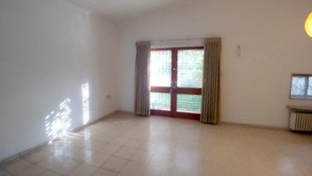 הדירה ברחוב אלמליח, קטמונים (צילום: רותלי פלאי)