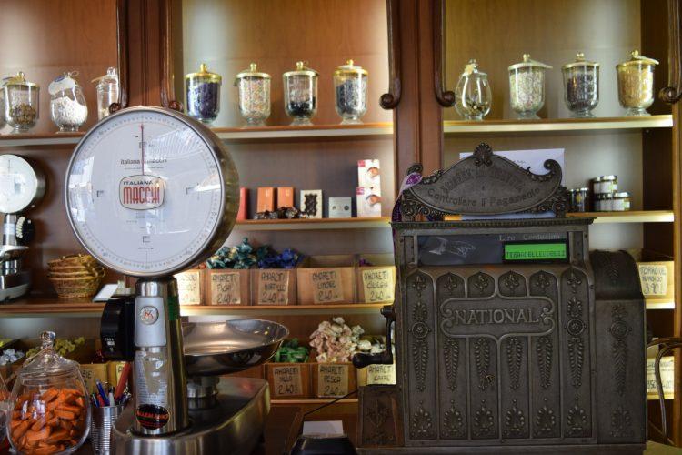 בית קפה בברה (צילום: רות פון שטראוס)