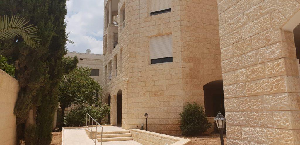 הבניין ברחוב שמואל נתן, גבעת משואה (צילום: אייל שאולוף)