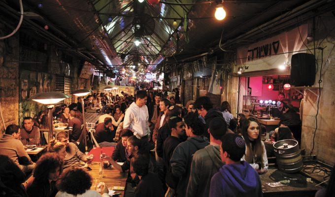לקראת חגיגות ערב השנה החדשה: בעלי הברים והמסעדות במחנה יהודה הוזהרו שלא לערוך מסיבות רחוב