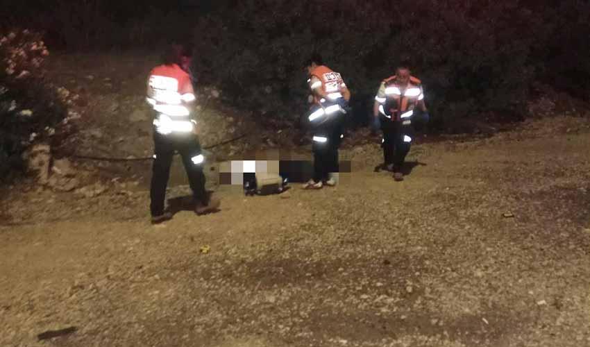"""זירת התאונה בכביש 1, מחלף ענבה (צילום: תיעוד מבצעי מד""""א)"""