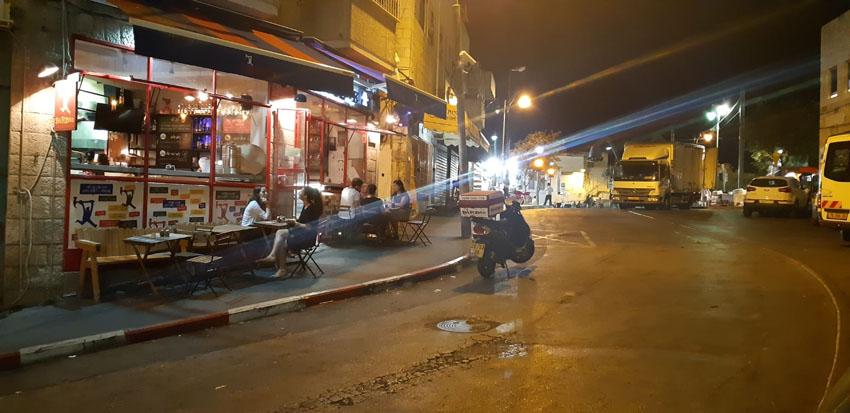 רחוב בית יעקב, שוק מחנה יהודה בלילה (צילום: שלומי כהן)