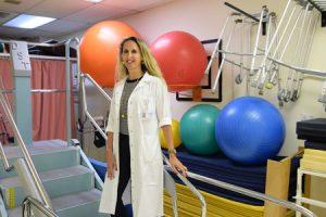 ורד הובר-מחלין, מנהלת שירות הפיזיותרפיה במרכז הרפואי שערי צדק (צילום: דוברות שערי צדק)