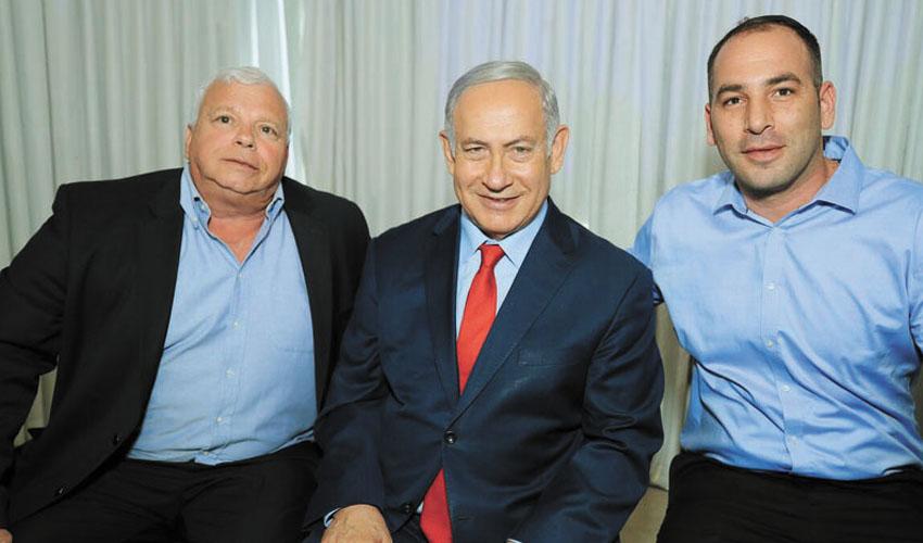 (מימין) אלעד וזאנה, ראש הממשלה בנימין נתניהו, אלישע פלג (צילום: שרון רביבו)