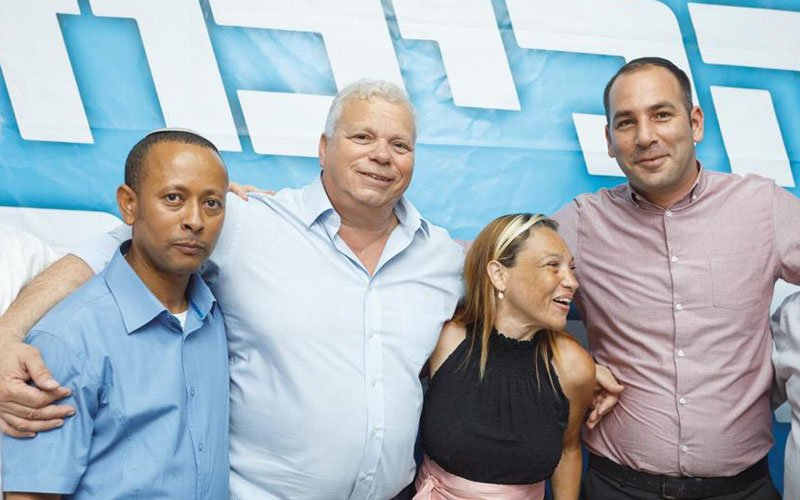 מימין אלעד ואזנה, פליסיה מועלם, אלישע פלג, יוהנס אסנקה (צילום: יוני זילברמן)