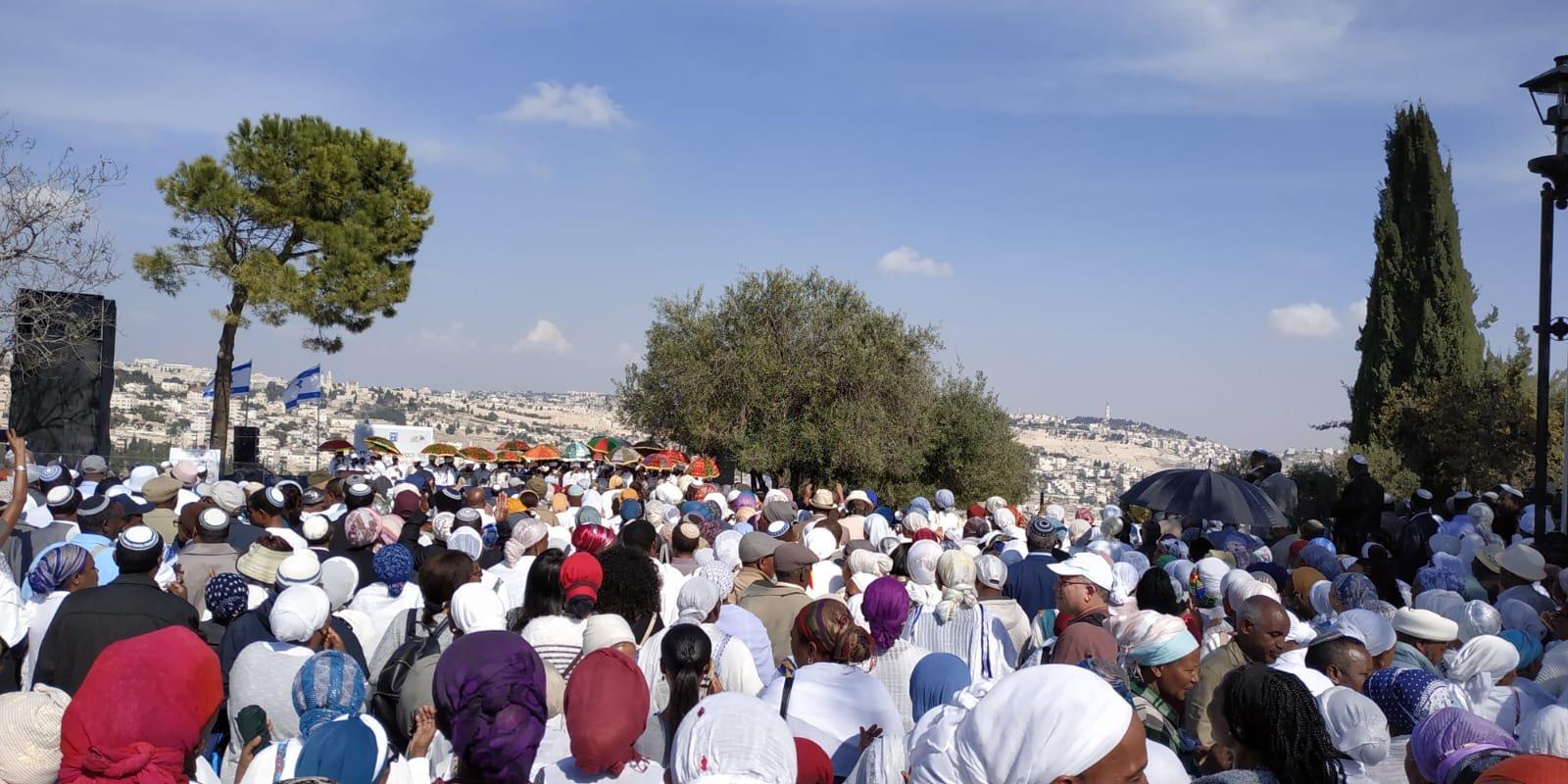 חג הסיגד, טיילת ארמון הנציב (צילום: שלומי הלר)