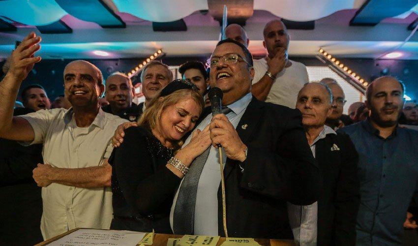 ראש העיר משה ליאון ורעייתו סתווית ליאון (צילום: אורן בן חקון)