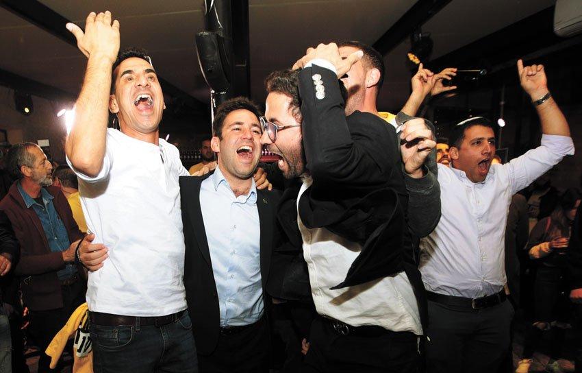 """החגיגות ב""""קדמא-ממילא"""" (צילום: אורן בן-חקון)"""