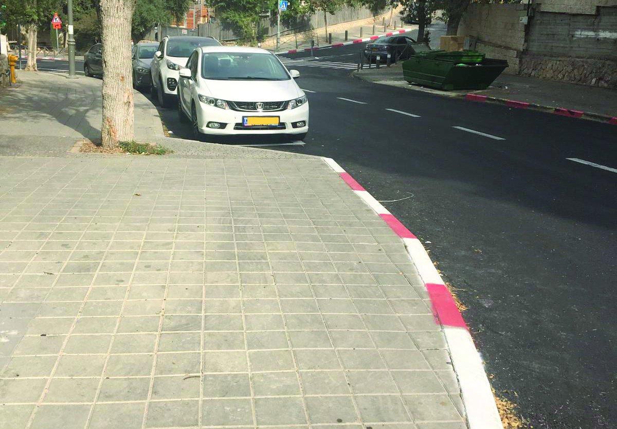 סימוני הדרך החדשים ברחוב סן מרטין (צילום: פרטי)