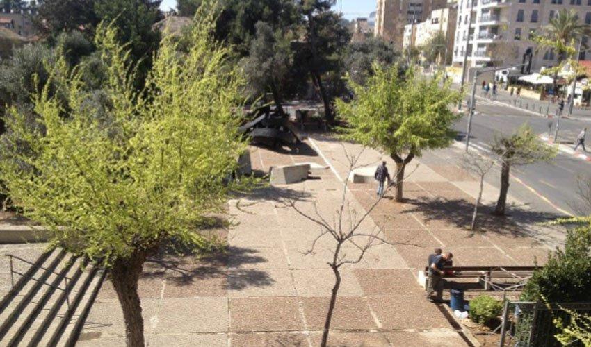 כיכר דניה בבית הכרם, היום (צילום: אדריכלות נוף ועיצוב אורבני)