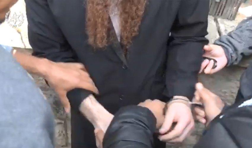 גל מעצרים במאה שערים (צילום: דוברות המשטרה)