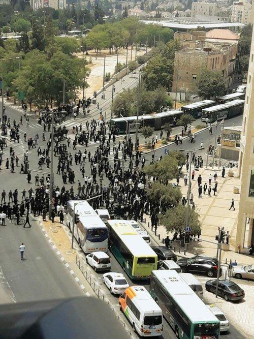 מחאת החרדים הקיצוניים (צילום: פרטי)