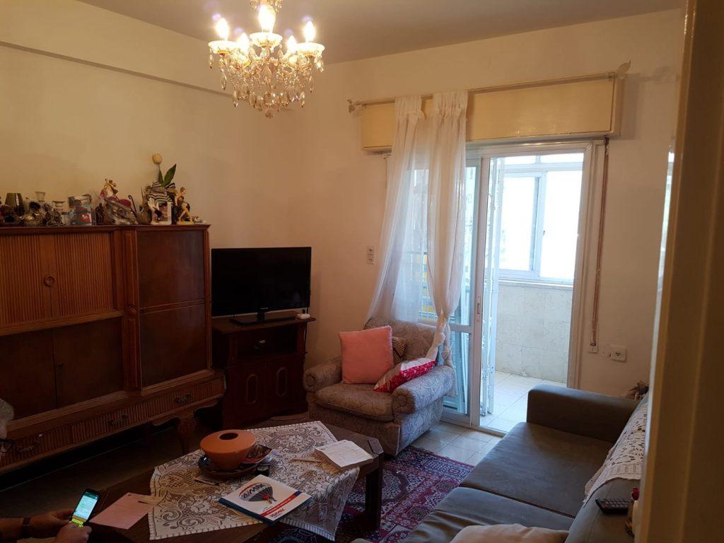 הדירה ברחוב בורכוב, קרית יובל (צילום: אייל שאולוף)