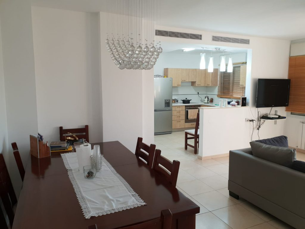 הדירה ברחוב קוסטה ריקה, עיר גנים (צילום: אייל שאולוף)