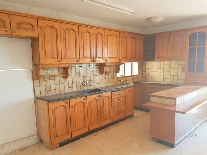 בלתי רגיל דירות למכירה בירושלים: 3 חדרים בארמון הנציב נמכרה ב-1.1 מיליון XK-24