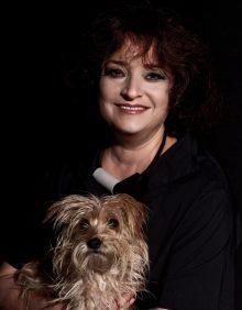 שרי בר-נע גבעון, מעצבת פנים ויועצת תאורה (צילום: יואל אליווה)