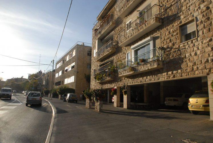 רחוב טשרניחובסקי, ירושלים (צילום: אוריה תדמור)