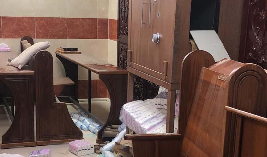 בית הכנסת בקרית היובל (צילום: דוברות המשטרה)