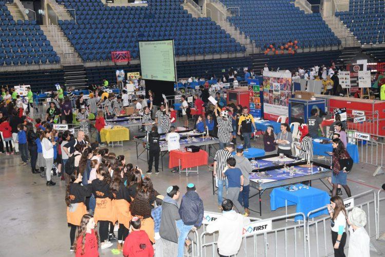 תחרות הרובוטיקה האזורית, הארנה (צילום: אריאל הרשלר)