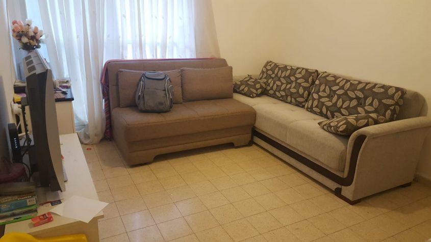 הדירה ברחוב הנטקה, קרית היובל (צילום: אייל שאולוף)