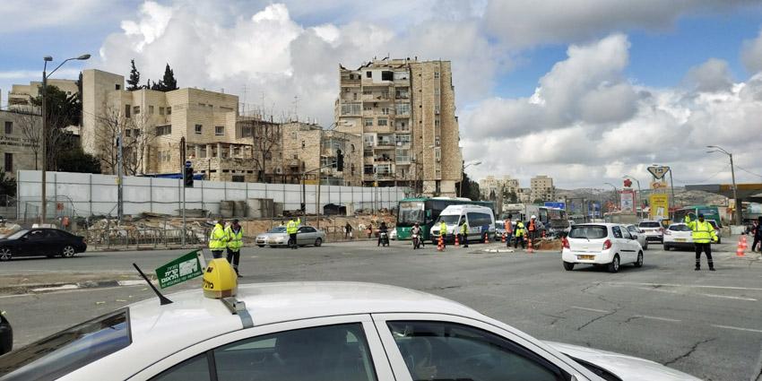 עבודות התשתית בכניסה לירושלים (צילום: שלומי הלר)