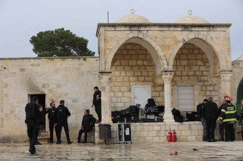 כוחות המשטרה בהר הבית (צילום: דוברות המשטרה)