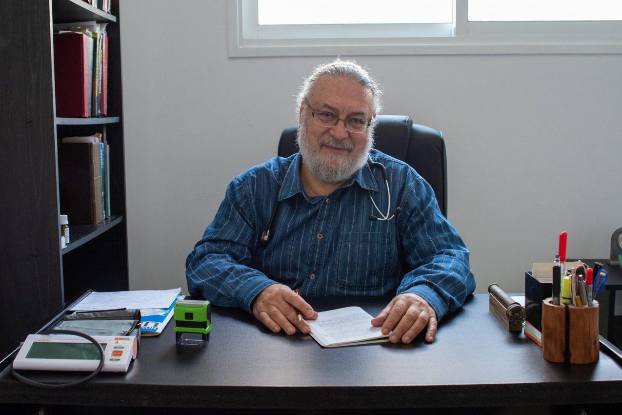 """ד""""ר אלכסנדר קנטור (צילום: יובל כהן אהרונוב)"""