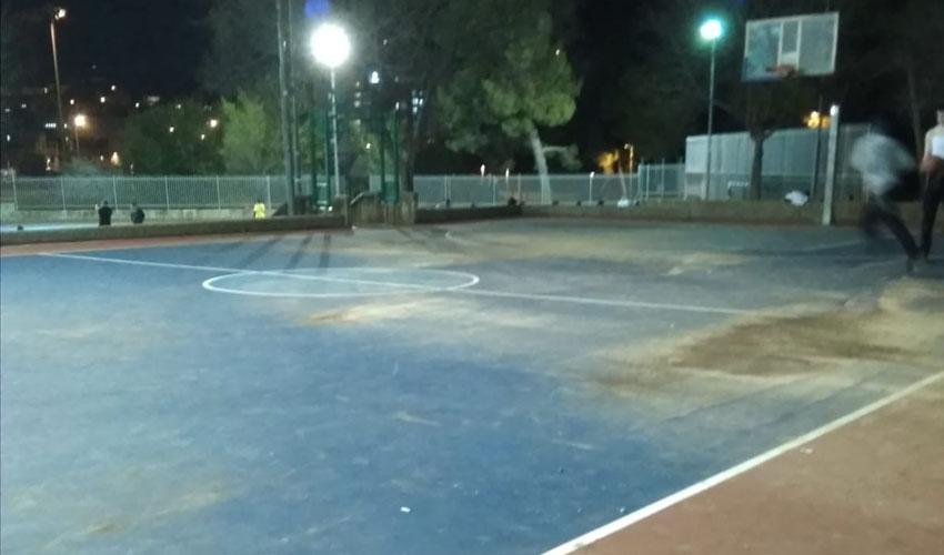 מגרש הספורט, גן סאקר (צילום: פרטי)