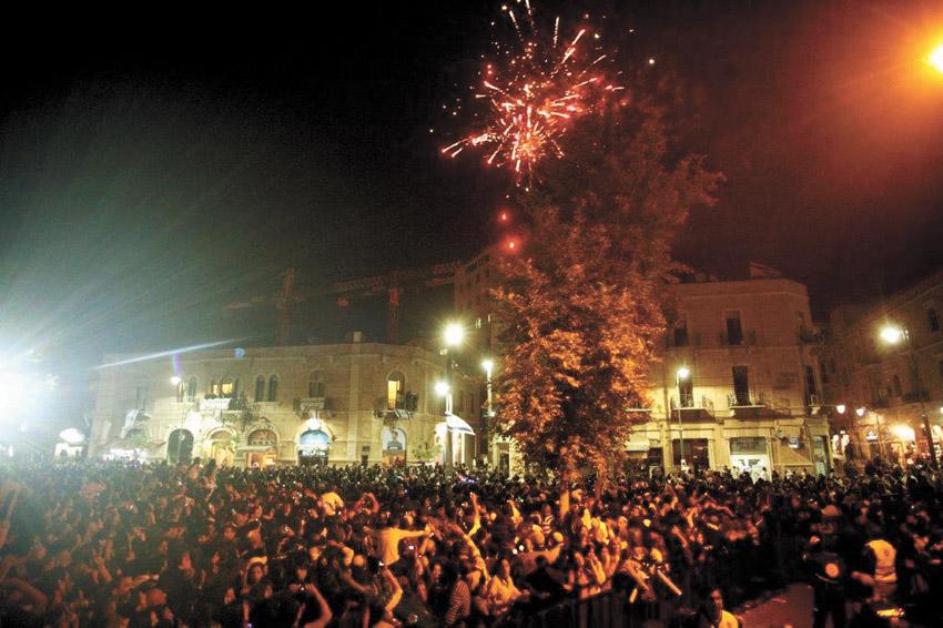 יום העצמאות בכיכר ציון (צילום: מל בריקמן)