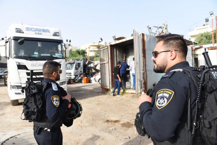 מבצע במזרח העיר (צילום: דוברות המשטרה)