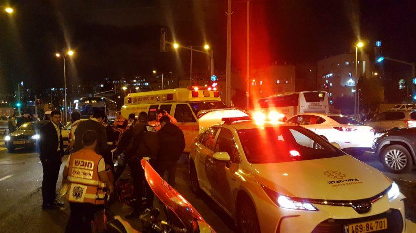 זירת התאונה בגולדה מאיר (צילום: תיעוד מבצעי איחוד הצלה)