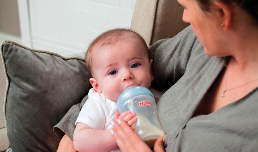 """בקבוק האכלה טבעי לתינוק של המותג Nuby (צילום: יח""""צ ח""""ל)"""