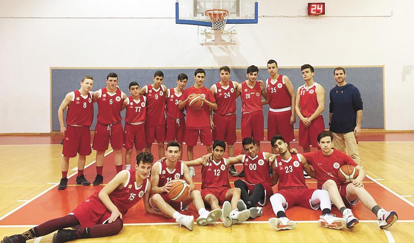 נערים א' של הפועל בכדורסל (צילום: מיקי דנין)