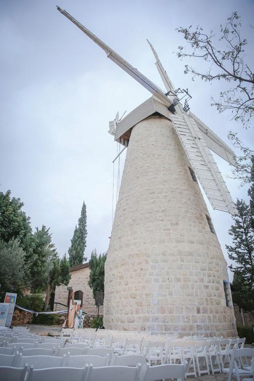 """טחנת הרוח מונטפיורי במשכנות שאננים (צילום: יח""""צ)"""