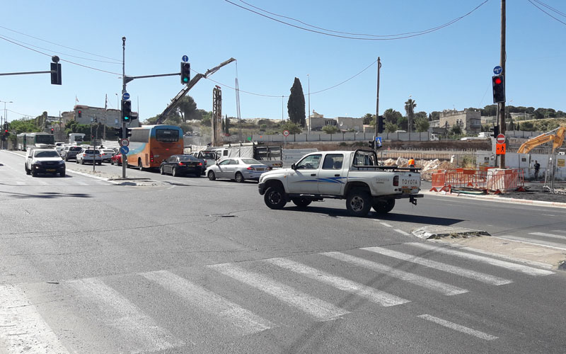 צומת דרך משה ברעם-דרך בית לחם, הבוקר