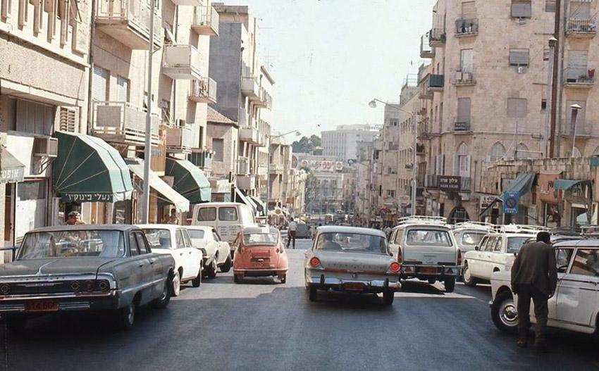 מדרחוב בן יהודה בשנות ה-70 (צילום: הארכיון הציוני)