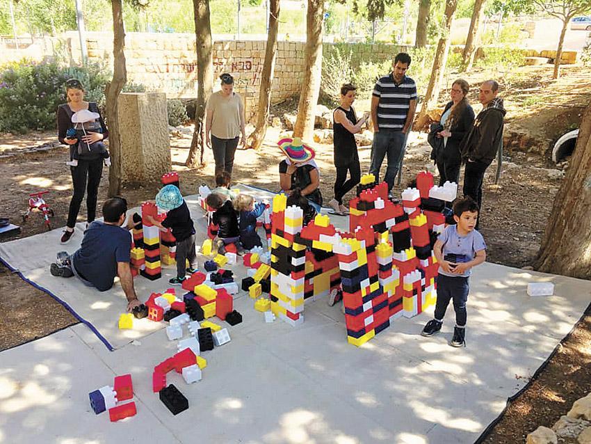הפעלות לילדים בפארקים (צילום: רומי בעבוע)