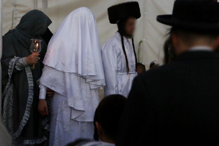 חתונת הקטינים במאה שערים (צילום: חיים גולדברג, אתר כיכר השבת)