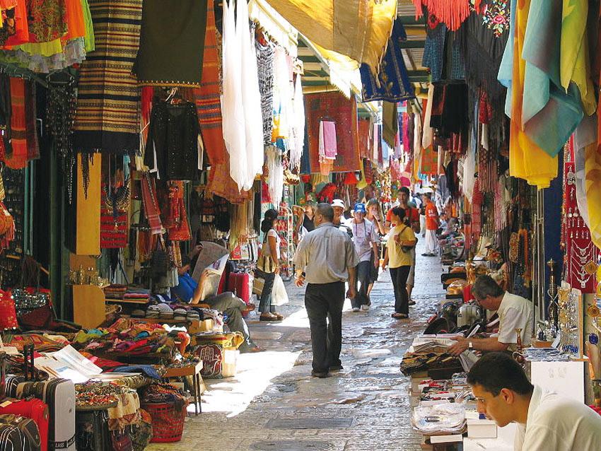 שוק העיר העתיקה (צילום: Ester Inbar)