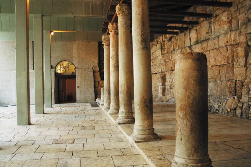 קארדו בעיר העתיקה (צילום: משה גלעד)