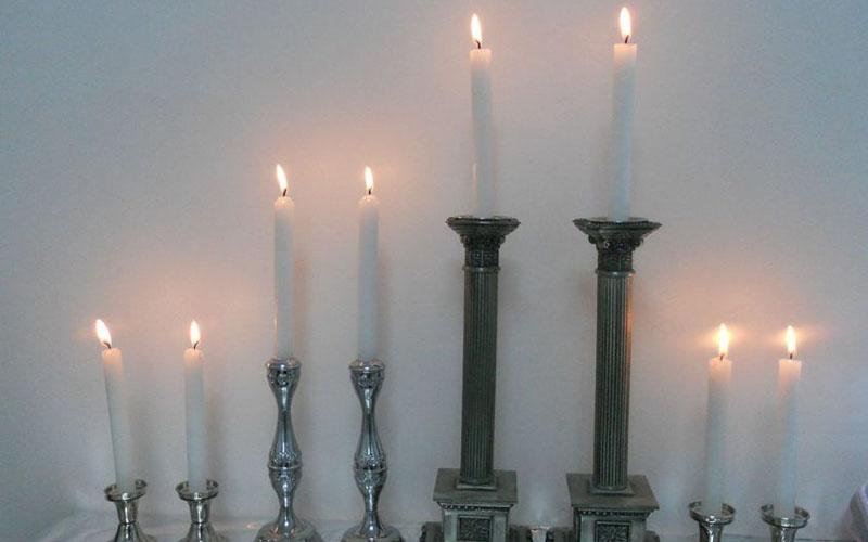 נרות שבת (צילום: ציון הלוי, מתוך ויקיפדיה)