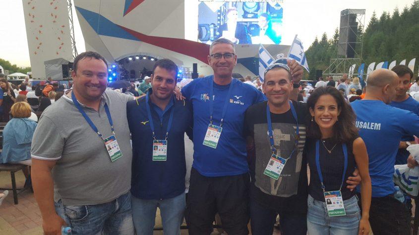מאמני האתלטיקה הקלה של כל המשלחות - רותי זינדל-אוכמן, ליאור שרון, קונסטנטין סימניוב, אסף לוזן ואריה קורצ'אק (צילום: באדיבות רותי זינדל-אוכמן)