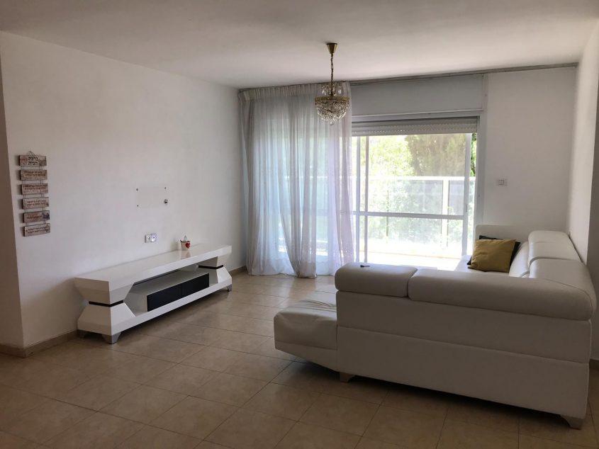 הדירה ברחוב משה שרת, רמת שרת (צילום: אפי אהרון)