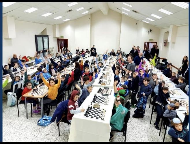 """מועדון השחמט לילדים הגדול בירושלים בסכנת סגירה: """"אין לנו מבנה קבוע לפעול בו"""""""