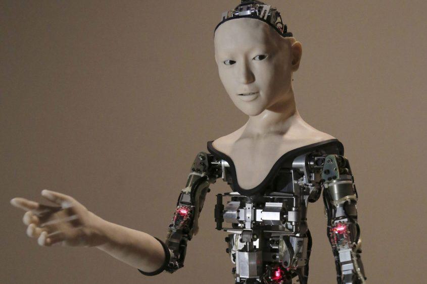 רובוט שנראה כמו אדם (צילום: אי.פי Koji Sasahara)