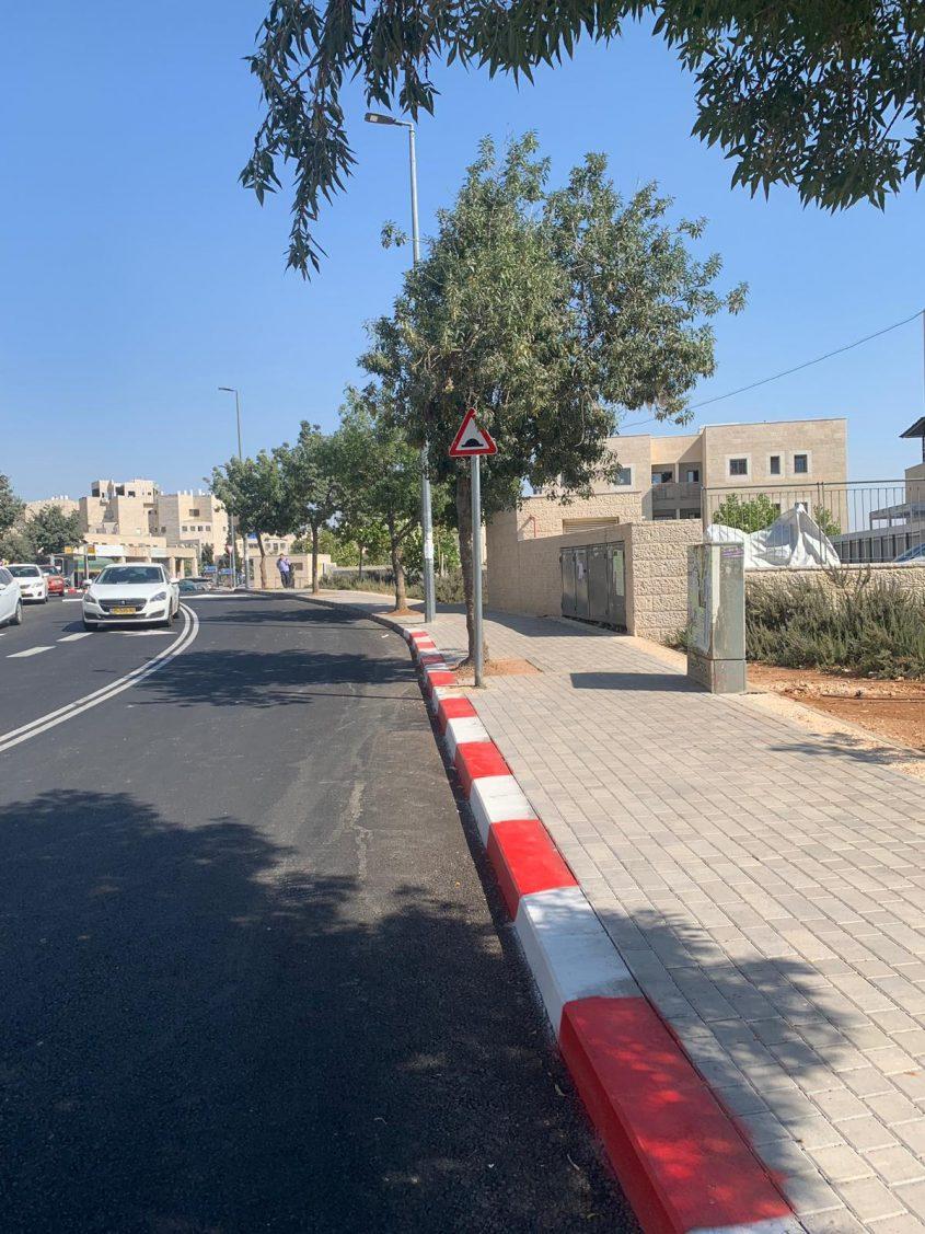 רחוב ברמות אחרי השיפוץ (צילום: עיריית ירושלים)